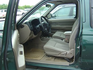 2001 Nissan Frontier XE San Antonio, Texas 8