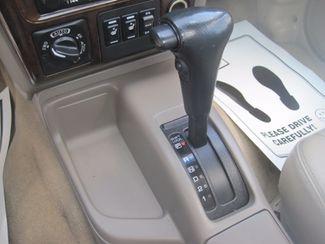 2001 Nissan Pathfinder LE Englewood, Colorado 35