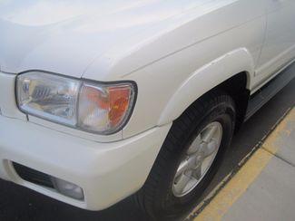 2001 Nissan Pathfinder LE Englewood, Colorado 49