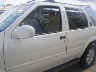 2001 Nissan Pathfinder LE Englewood, Colorado 50