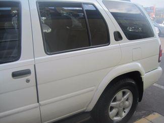 2001 Nissan Pathfinder LE Englewood, Colorado 51