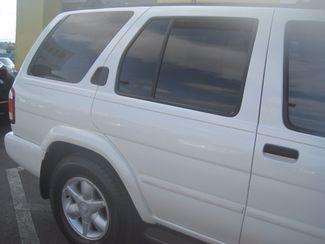 2001 Nissan Pathfinder LE Englewood, Colorado 52