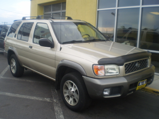 2001 Nissan Pathfinder SE Englewood, Colorado 3