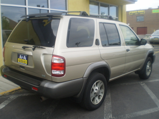 2001 Nissan Pathfinder SE Englewood, Colorado 4