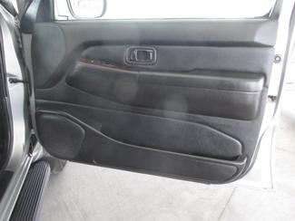 2001 Nissan Pathfinder LE Gardena, California 13