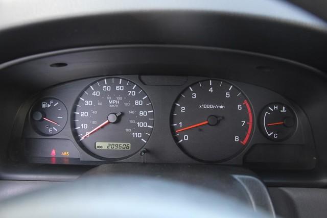 2001 Nissan Xterra XE Santa Clarita, CA 18
