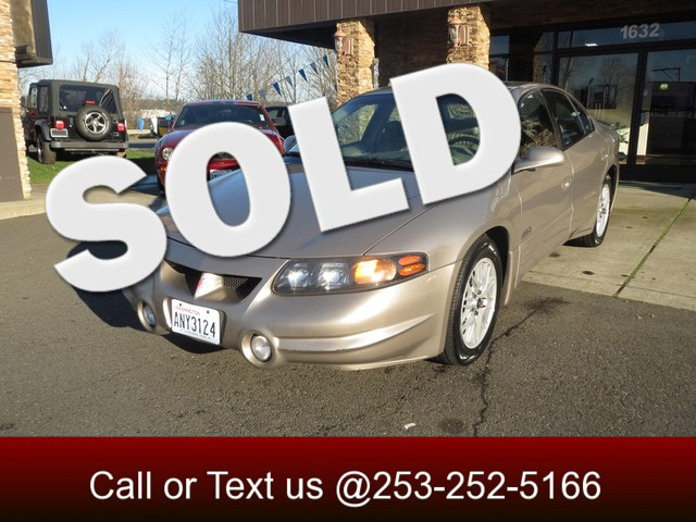 2001 Pontiac Bonneville SSEi Our 2001 Pontiac Bonneville SSEi is the perfect example of Luxury wit