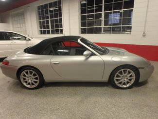 2001 Porsche 911 Carrera 2 CONVERTIBLE. BEAUTIFUL RIDE! Saint Louis Park, MN 1