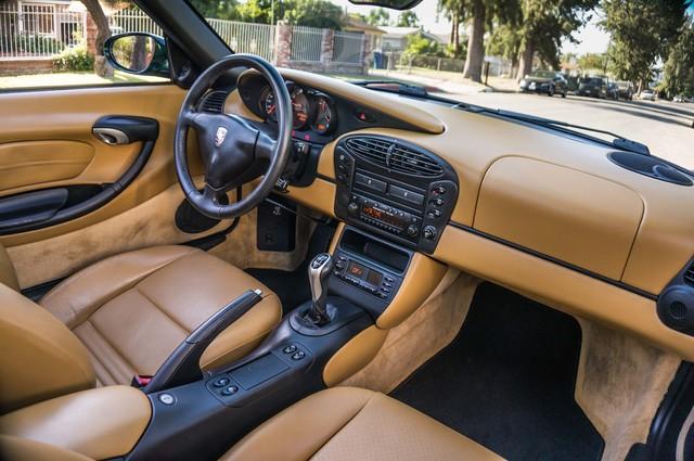 2001 Porsche Boxster  MANUAL - LTHR - ONLY 23K MILES Reseda, CA 28