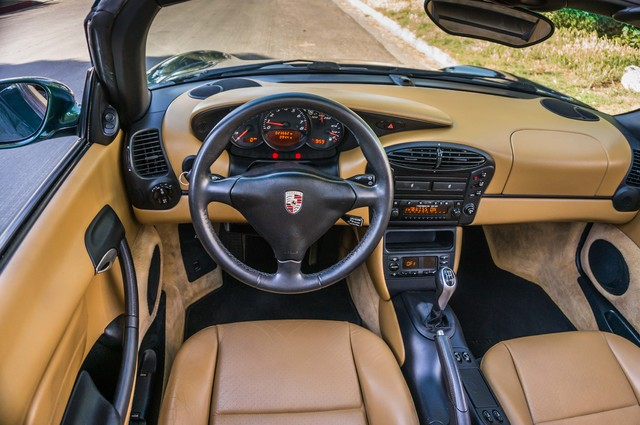 2001 Porsche Boxster  MANUAL - LTHR - ONLY 23K MILES Reseda, CA 20
