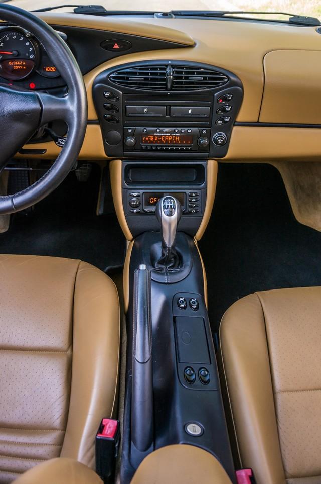 2001 Porsche Boxster  MANUAL - LTHR - ONLY 23K MILES Reseda, CA 22