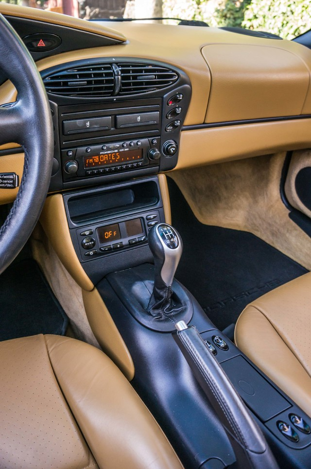 2001 Porsche Boxster  MANUAL - LTHR - ONLY 23K MILES Reseda, CA 23