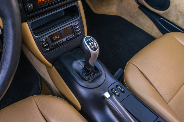 2001 Porsche Boxster  MANUAL - LTHR - ONLY 23K MILES Reseda, CA 25