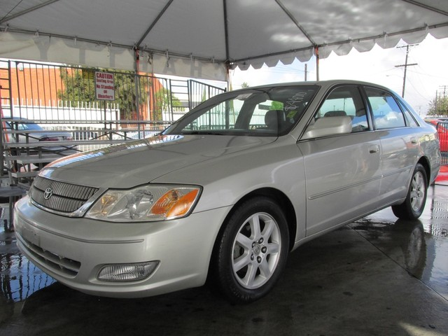 2001 Toyota Avalon XLS wBucket Seats Please call or e-mail to check availability All of our veh