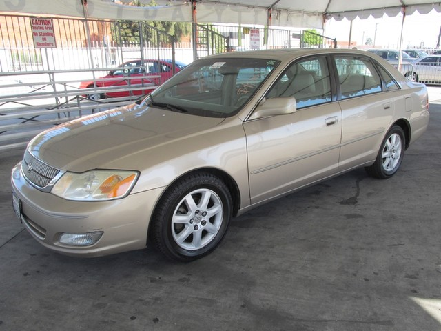 2001 Toyota Avalon XLS wBucket Seats Please call or e-mail to check availability All of our ve