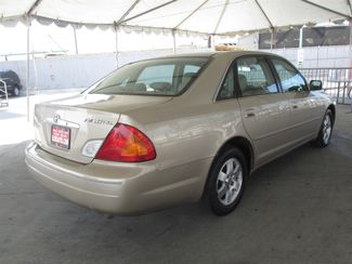 2001 Toyota Avalon XL w/Bucket Seats Gardena, California 2