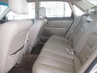 2001 Toyota Avalon XL w/Bucket Seats Gardena, California 11