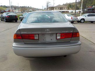 2001 Toyota Camry LE Fayetteville , Arkansas 5
