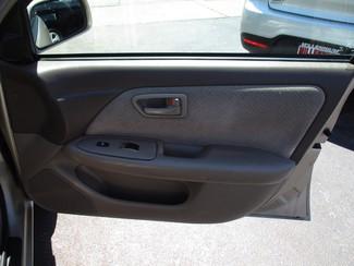 2001 Toyota Camry LE Milwaukee, Wisconsin 19