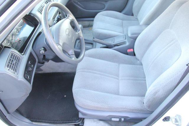 2001 Toyota Camry LE Santa Clarita, CA 13