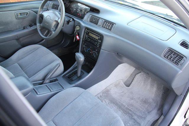 2001 Toyota Camry LE Santa Clarita, CA 9