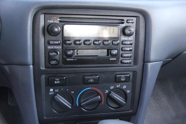 2001 Toyota Camry LE Santa Clarita, CA 18