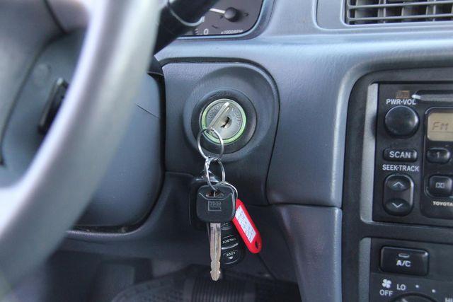 2001 Toyota Camry LE Santa Clarita, CA 19