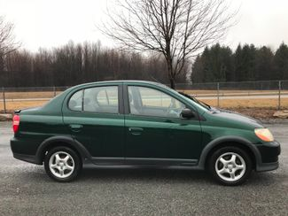 2001 Toyota Echo Ravenna, Ohio 4