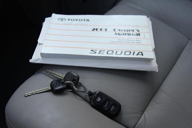 2001 Toyota Sequoia Limited Santa Clarita, CA 29