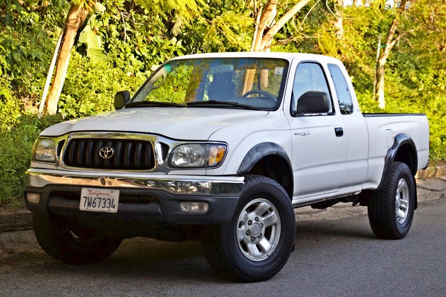 2001 Toyota TACOMA PRERUNNER 1-OWNER AUTOMATIC V6 SERVICE RECORDS NEW TIRES Woodland Hills, CA 2
