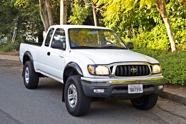 2001 Toyota TACOMA PRERUNNER 1-OWNER AUTOMATIC V6 SERVICE RECORDS NEW TIRES Woodland Hills, CA 33