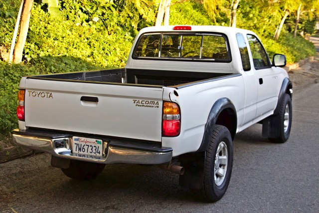 2001 Toyota TACOMA PRERUNNER 1-OWNER AUTOMATIC V6 SERVICE RECORDS NEW TIRES Woodland Hills, CA 10