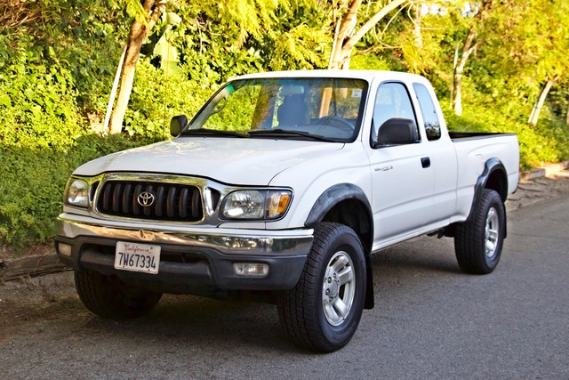 2001 Toyota TACOMA PRERUNNER 1-OWNER AUTOMATIC V6 SERVICE RECORDS NEW TIRES Woodland Hills, CA 34