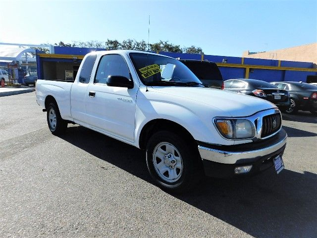 2001 Toyota Tacoma SR5 Limited warranty included to assure your worry-free purchase AutoCheck rep
