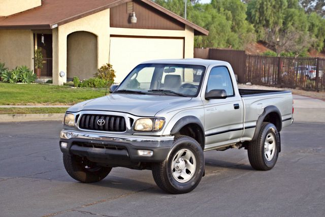 2001 Toyota TACOMA SR5 PRERUNNER 1-OWNER 4 NEW TIRES SERVICE RECORDS! Woodland Hills, CA 1