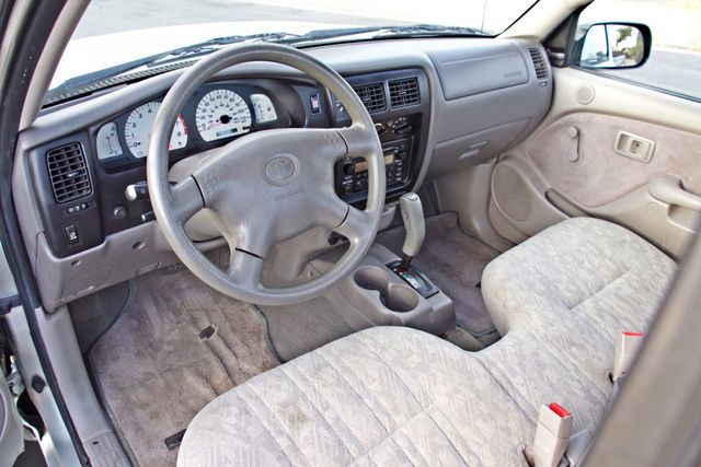 2001 Toyota TACOMA SR5 PRERUNNER 1-OWNER 4 NEW TIRES SERVICE RECORDS! Woodland Hills, CA 14