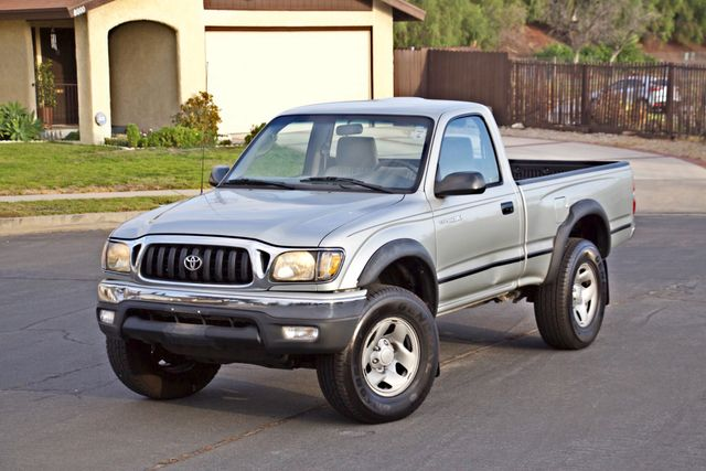 2001 Toyota TACOMA SR5 PRERUNNER 1-OWNER 4 NEW TIRES SERVICE RECORDS! Woodland Hills, CA 3