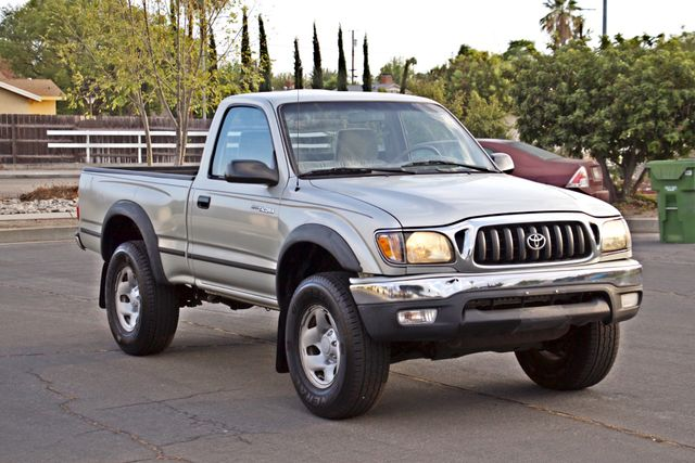 2001 Toyota TACOMA SR5 PRERUNNER 1-OWNER 4 NEW TIRES SERVICE RECORDS! Woodland Hills, CA 8