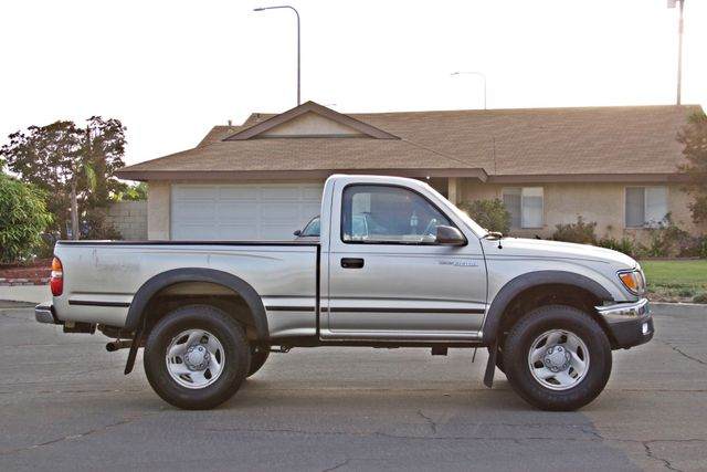 2001 Toyota TACOMA SR5 PRERUNNER 1-OWNER 4 NEW TIRES SERVICE RECORDS! Woodland Hills, CA 7