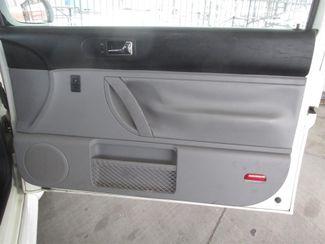 2001 Volkswagen New Beetle GLX Gardena, California 12