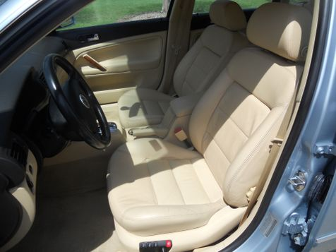 2001 Volkswagen New Passat GLX | Ft. Worth, TX | Auto World Sales LLC in Ft. Worth, TX