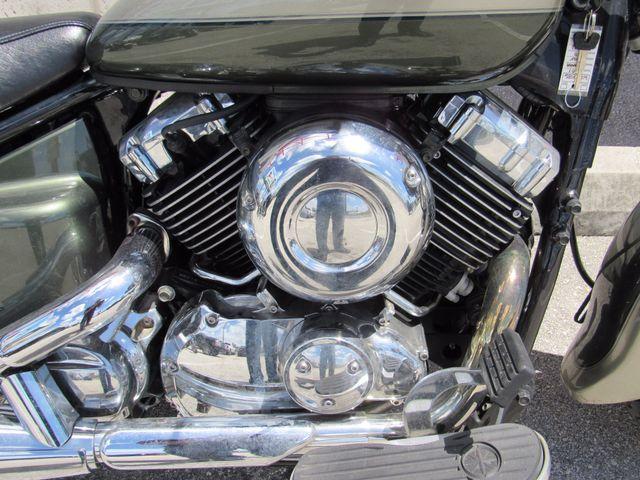 2001 Yamaha XVS 650 V-STAR Classic Dania Beach, Florida 3