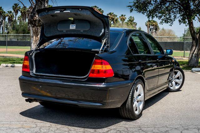 2002 BMW 325i Reseda, CA 11