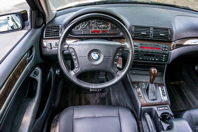 2002 BMW 325i Reseda, CA 19