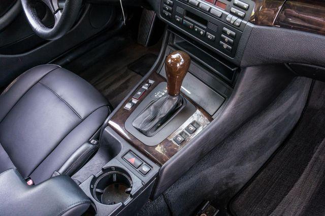 2002 BMW 325i Reseda, CA 26
