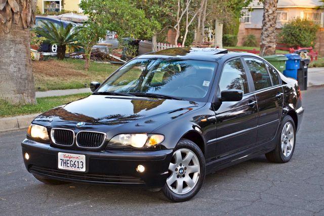 2002 BMW 325xi AWD PREMIUM PKG ONLY 78K MLS 5-SPEED MANUAL HEATED SEATS Woodland Hills, CA 1