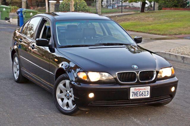 2002 BMW 325xi AWD PREMIUM PKG ONLY 78K MLS 5-SPEED MANUAL HEATED SEATS Woodland Hills, CA 11