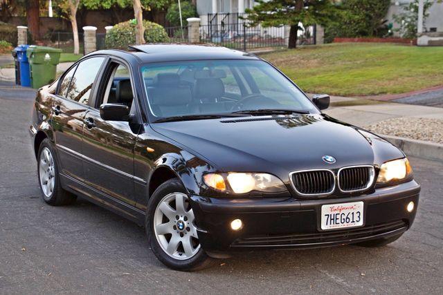 2002 BMW 325xi AWD PREMIUM PKG ONLY 78K MLS 5-SPEED MANUAL HEATED SEATS Woodland Hills, CA 13