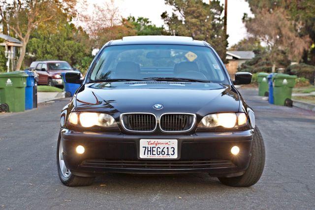 2002 BMW 325xi AWD PREMIUM PKG ONLY 78K MLS 5-SPEED MANUAL HEATED SEATS Woodland Hills, CA 14