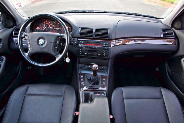 2002 BMW 325xi AWD PREMIUM PKG ONLY 78K MLS 5-SPEED MANUAL HEATED SEATS Woodland Hills, CA 21